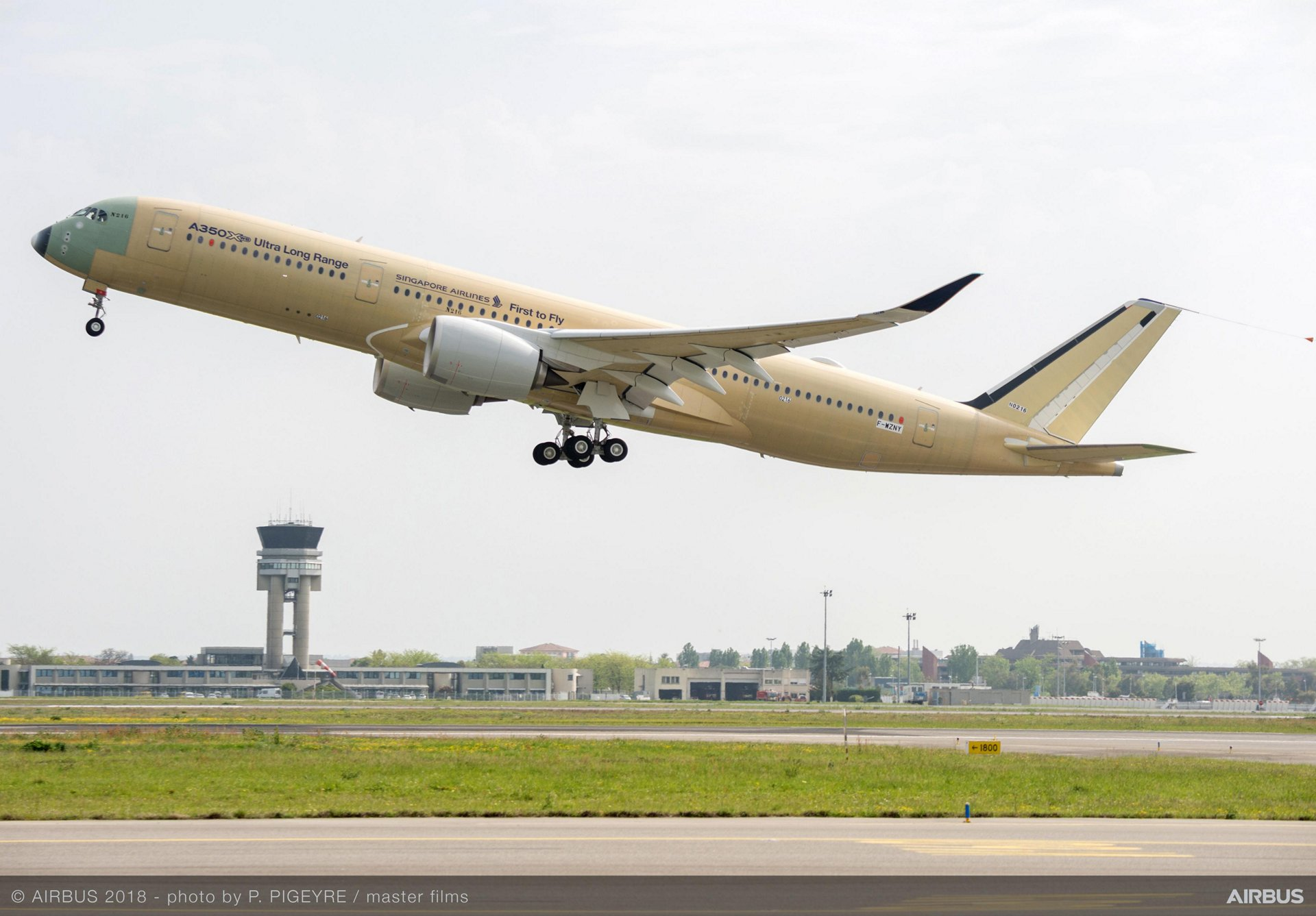 Airbus A350 XWB Ultra Long Range first flight - RadarBox.com Blog